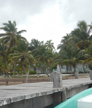 Long Caye Island Resort