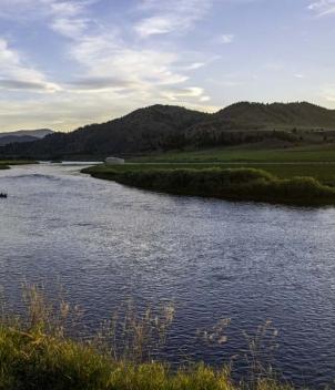 Missouri River Ranch