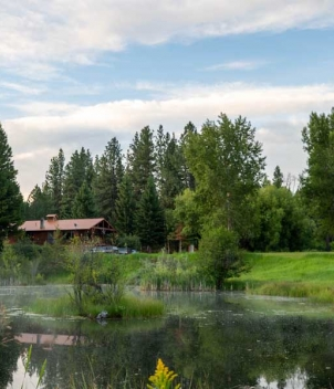 North Fork Crossing Lodge